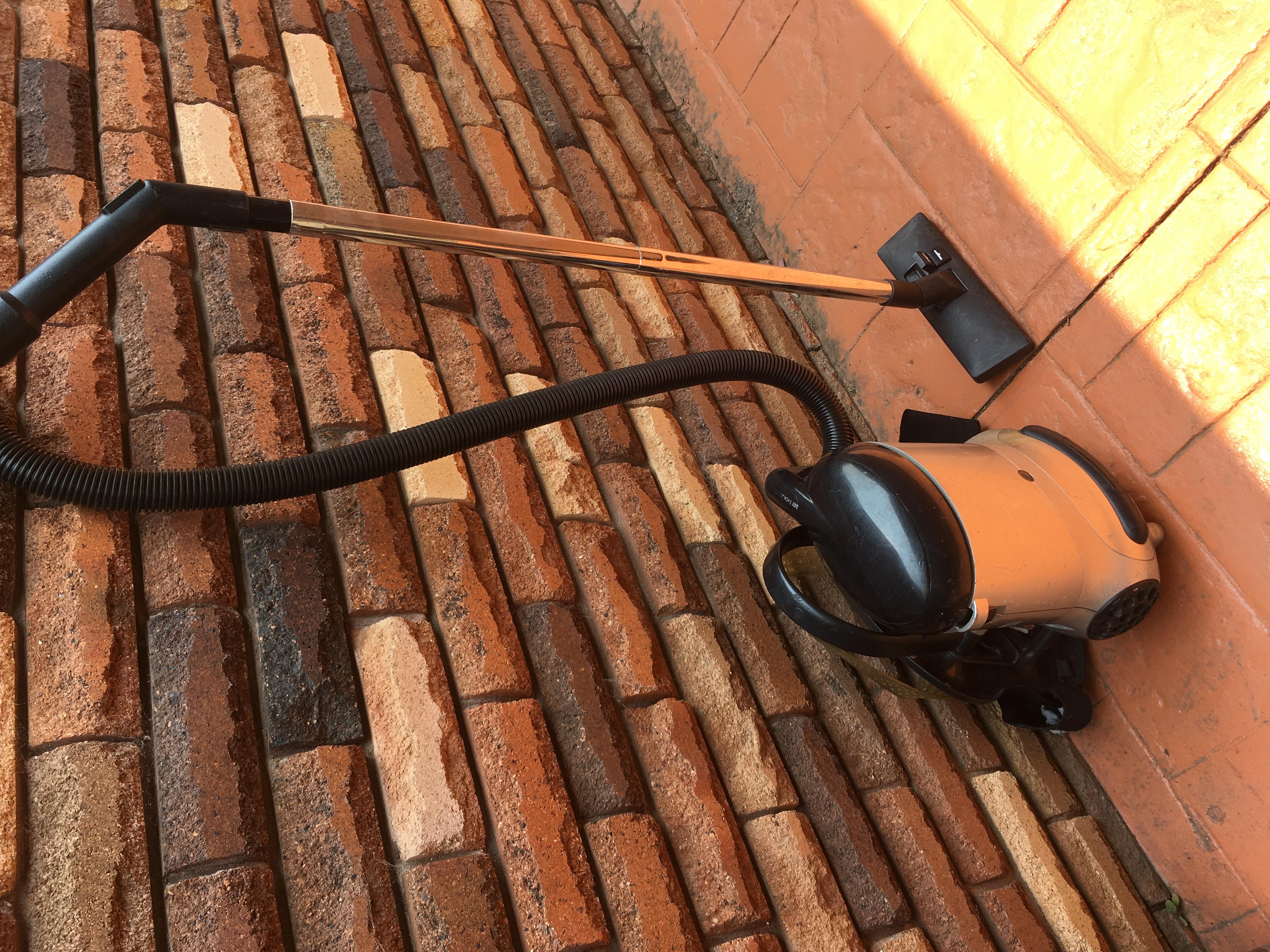 Industrial Backpack Vacuum Cleaner 1350 W