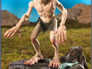 Lord Of The Rings – Talking Deluxe Gollum (NEW IN BOX)
