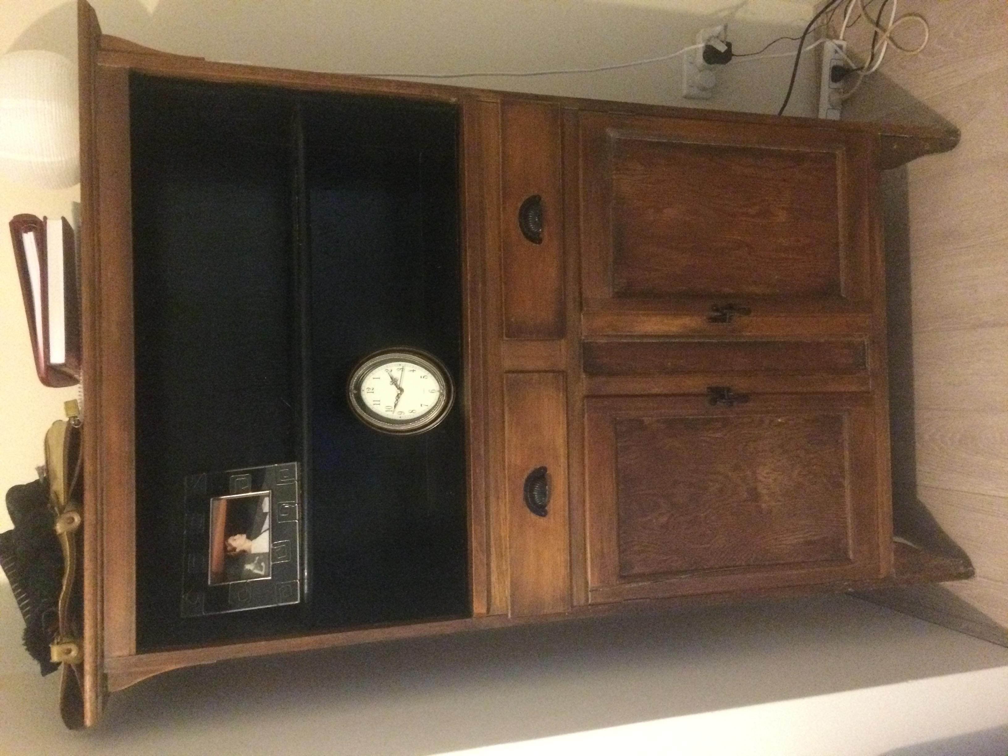 Beautiful reclaimed timber Hutch/Buffet/Bookshelf